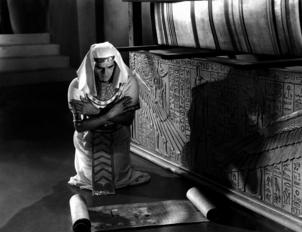 momie-1932-06-g