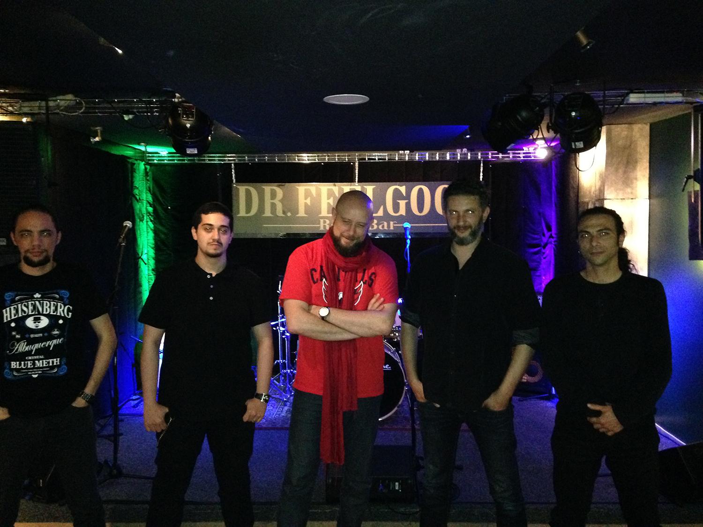 Le groupe Acyl. De gauche à droite : Abder'Rhaman, Reda, Amine, Salah, Michael
